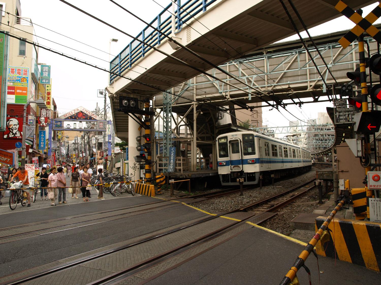 川越駅から池袋駅は東武東上線で約35分